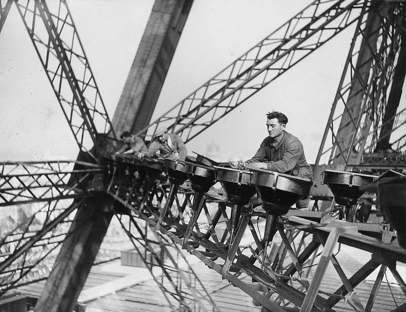 Eiffel-torony munkások