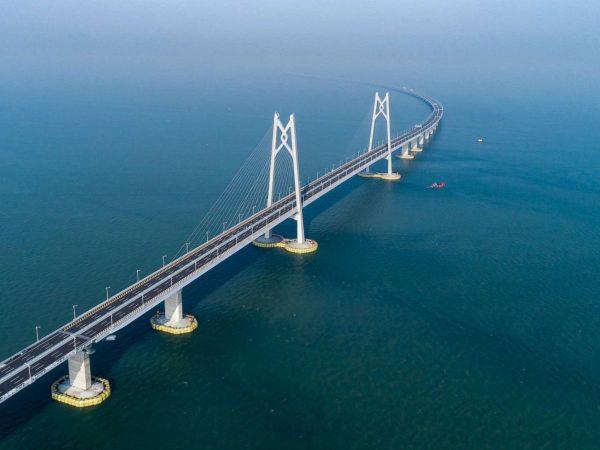 A leghosszabb tengeri híd