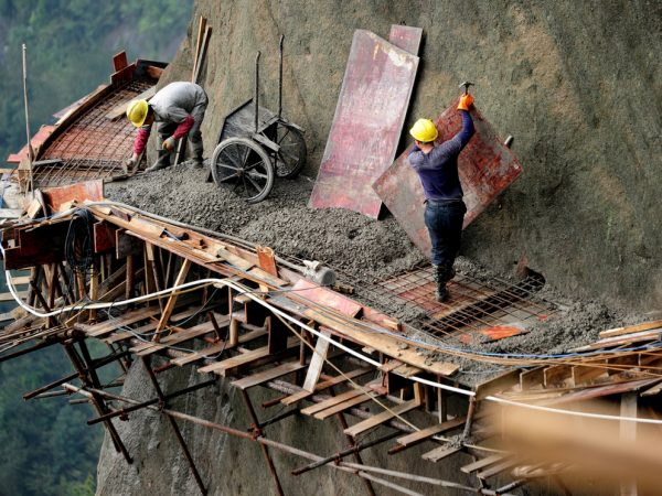 Építőmunkások extrém megoldásai