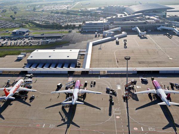 Karbonsemleges repülőtér