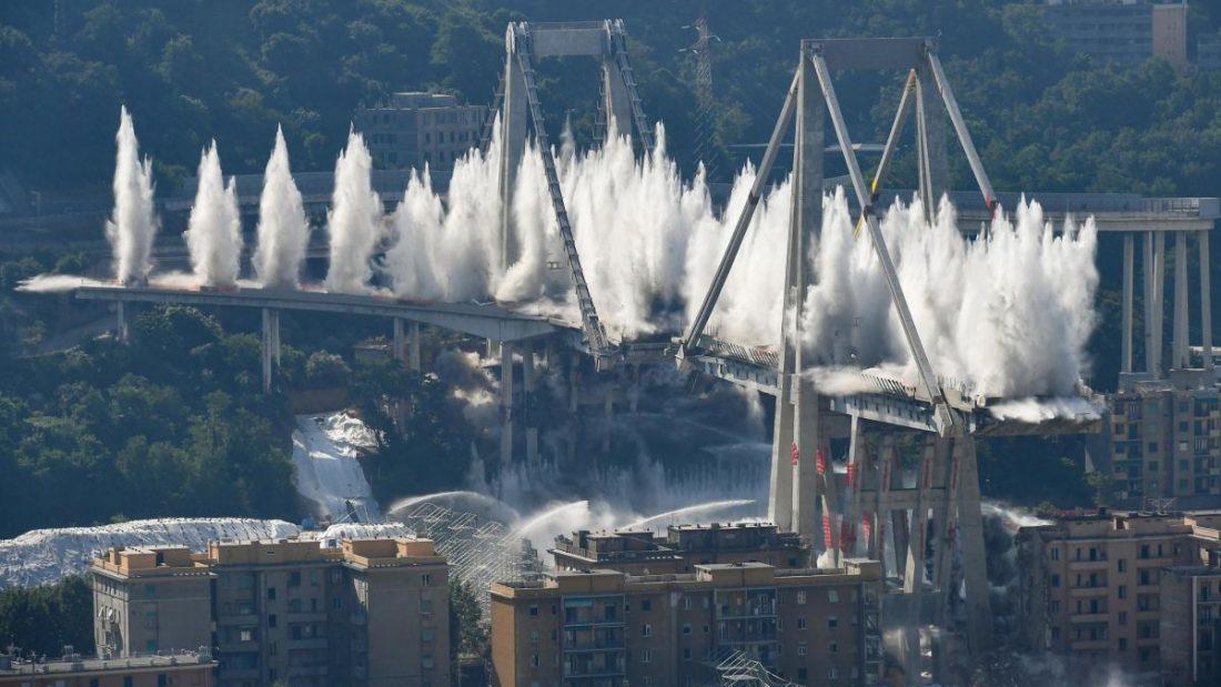 A Morandi-híd felrobbantása