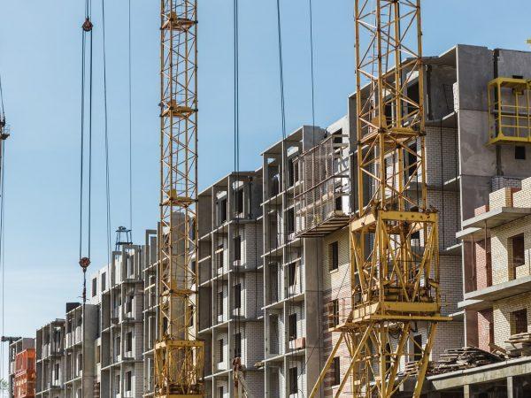 Észrevehetően esett az újlakás-projektek száma