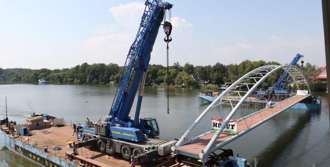 átványos szakaszához ért a Poroszló és Tiszafüred közötti kerékpárút építése