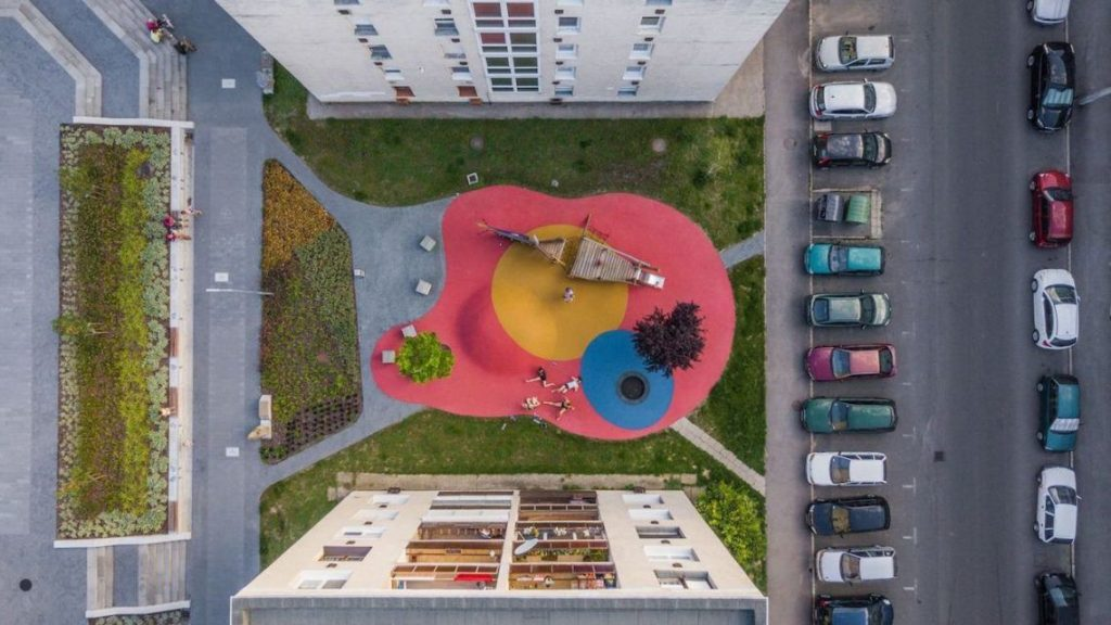 A felújított salgótarjáni Beszterce tér részlete