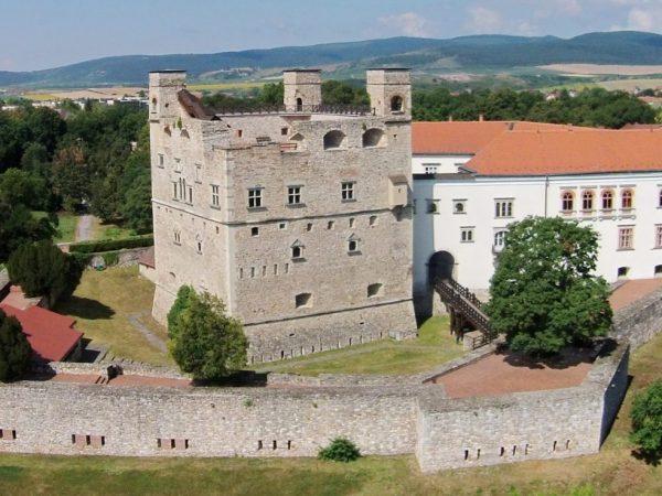 Megújulhat a sátoraljaújhelyi vár, a sárospataki vár és a boldogkői vár