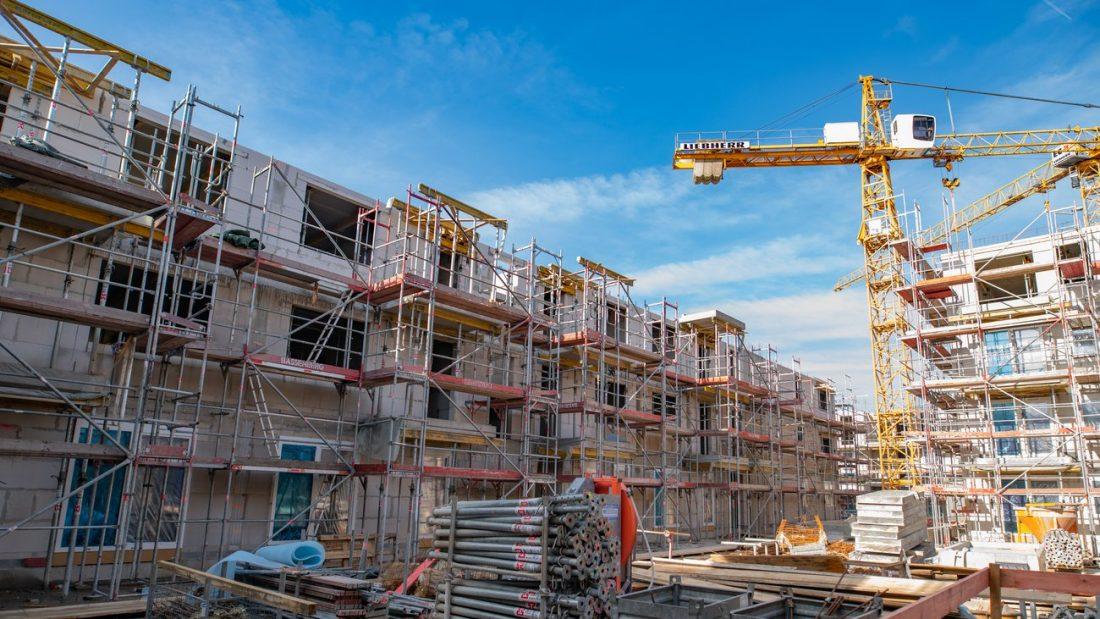 Áprilisban csökkent az építőipar termelése