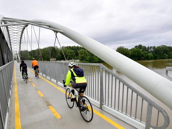 Elkészült a Tisza-tavi kerékpárút