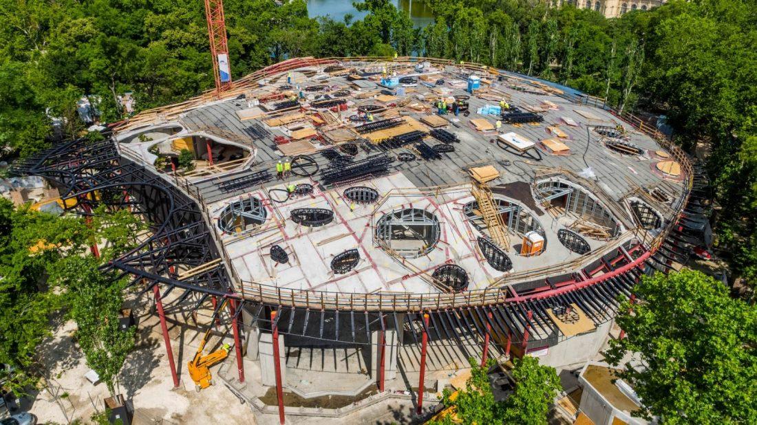 Elkészült a Magyar Zene Háza tetőszerkezete