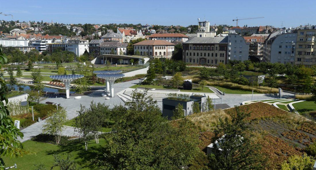 Átadták a kibővült Millenáris parkot